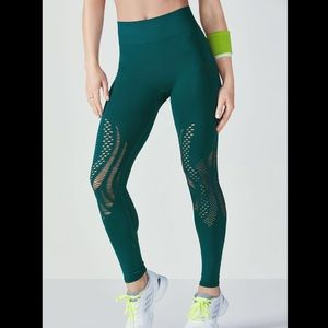 Fabletic xs green leggings with design